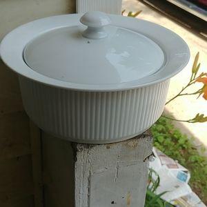 Dansk white 1.5 quart casserole